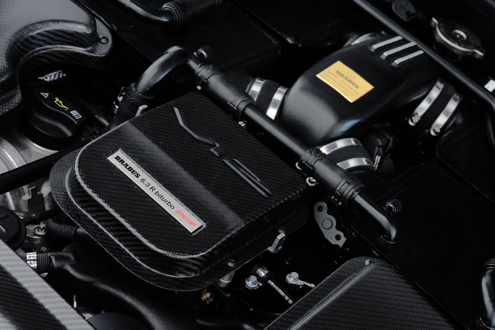 Brabus E V12 Coupé 04