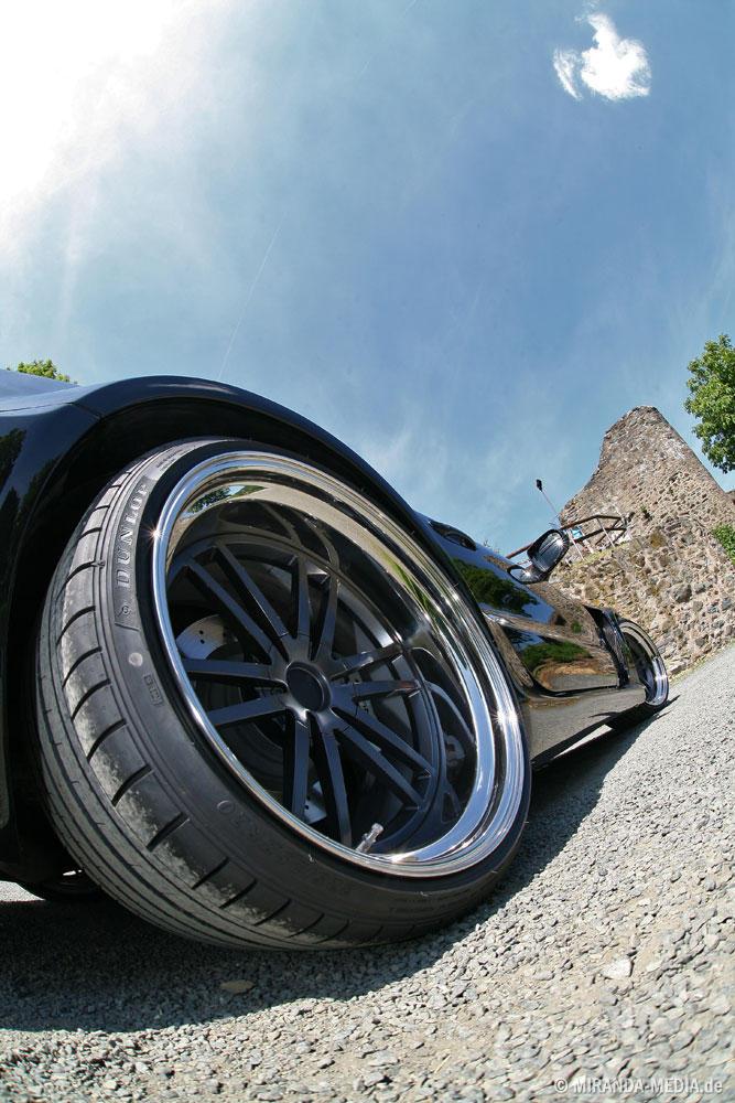 Mercedes SL 63 AMG Black Saphir Inden Design