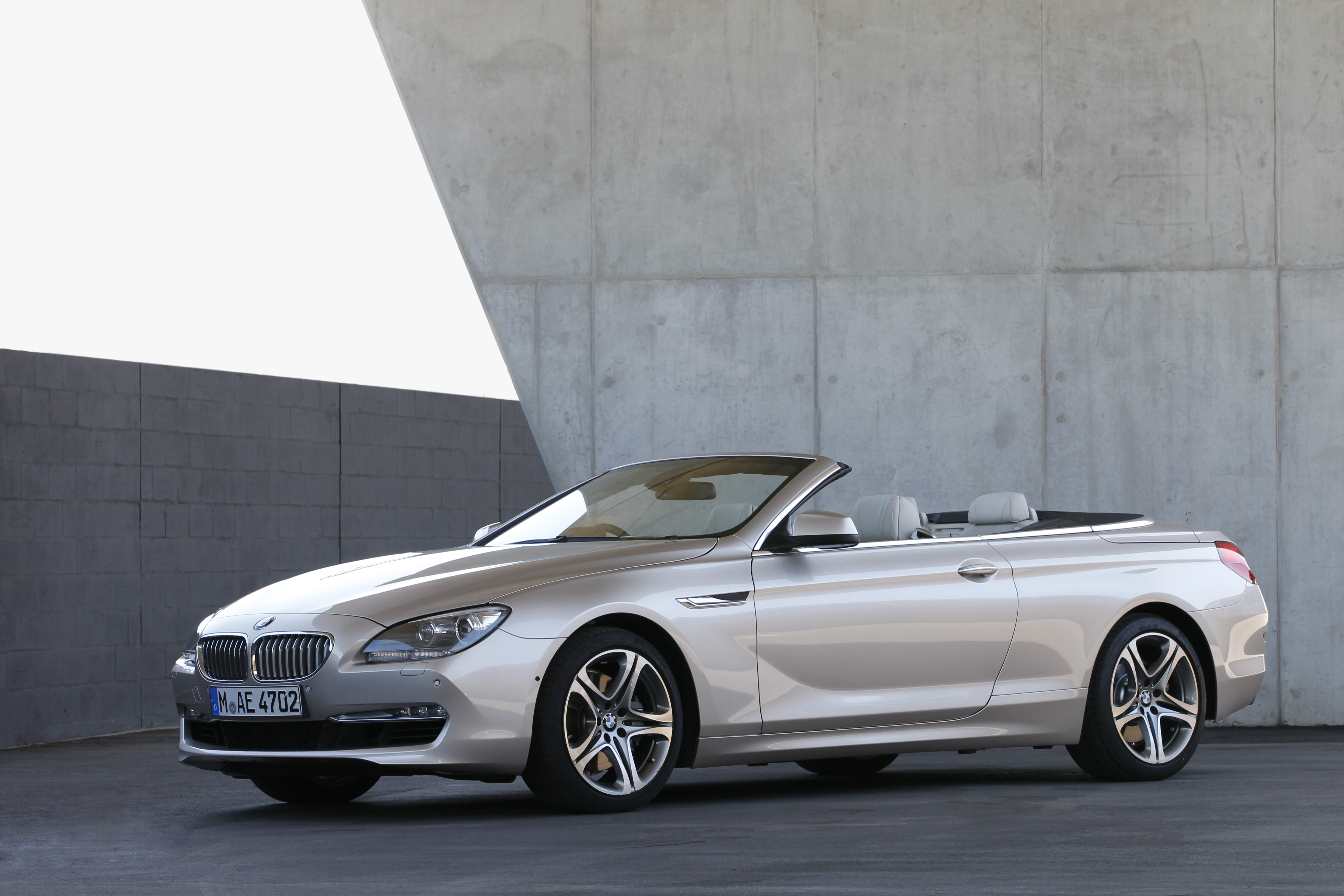 bmw 6er cabrio f12 startklar f r den sommer 2011. Black Bedroom Furniture Sets. Home Design Ideas