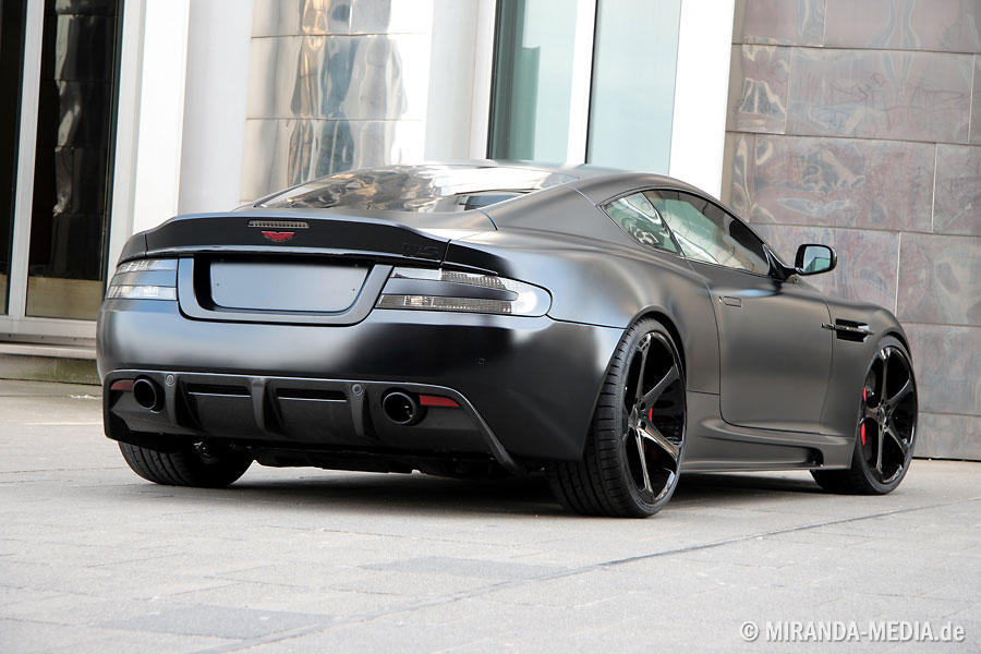 Aston Martin DBS Superior Black Edition von Anderson Germany