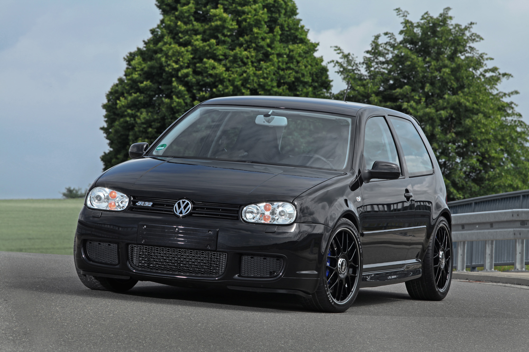 vw golf 4 r32 hperformance trimmt den vr6 auf satte 650 ps tuning. Black Bedroom Furniture Sets. Home Design Ideas