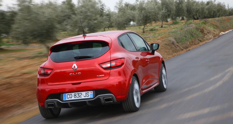 Hinterteil des Renault Clio R.S.