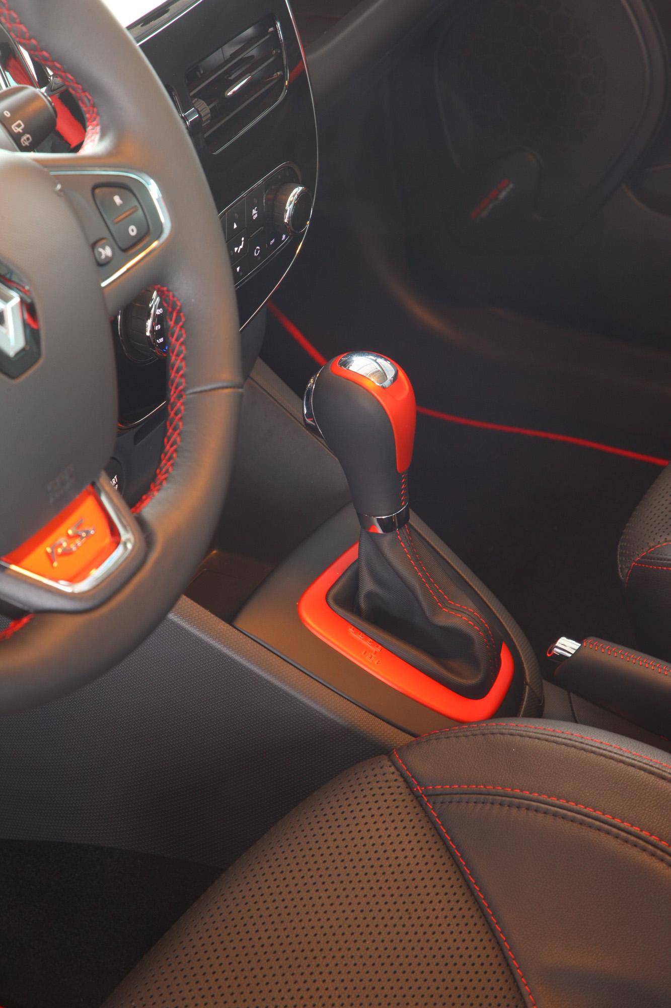 Automatikgetriebe im Renault Clio R.S.