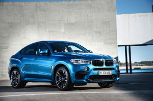 Flache, breite Frontpartie: Der BMW X6 M wirkt sportlicher in zweiter Generation