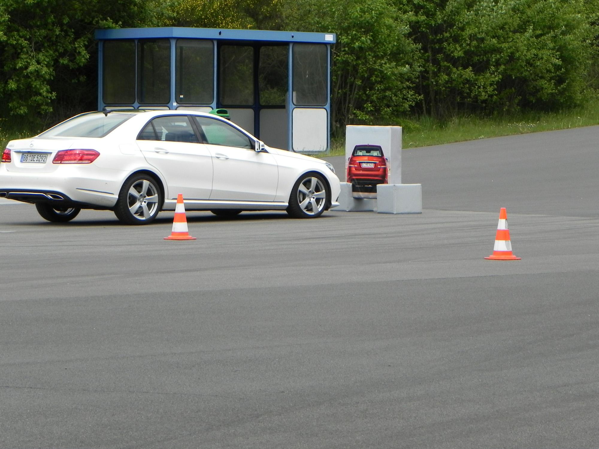 Die Fahrerassistenzsysteme beinhalten oftmals auch die Notbremsfunktion