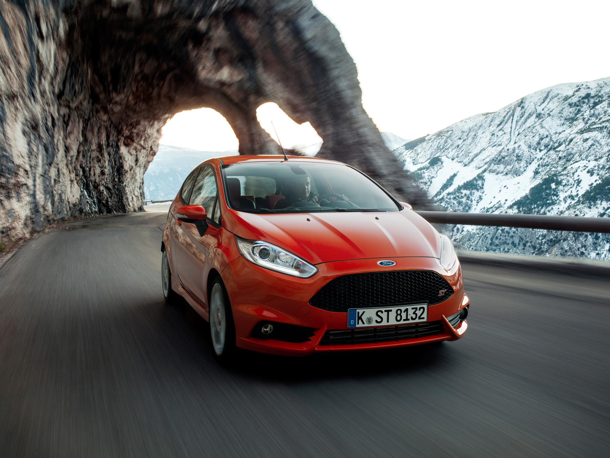 Frontansicht des Ford Fiesta ST
