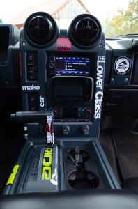 Neue Beats für die Insassen: ACR hat im Hummer H2 ein Soundsystem verbaut