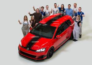 Satte 380 PS schlummern unter der Haube des VW Golf 7 GTI Wolfsburg Edition