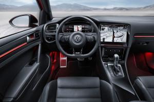 VW Golf 7 R Touch Display Mittelkonsole