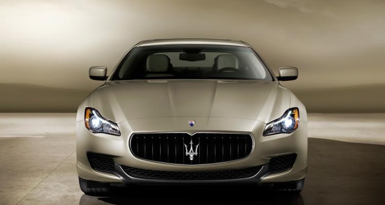 Schau mir in die Augen: Geschärfte Formgebung für den Maserati Quattroporte GTS.
