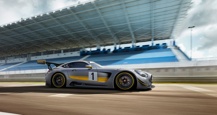 Saugstark unterwegs: Im Mercedes-AMG GT3 brummt noch der alte V8-Motorblock.
