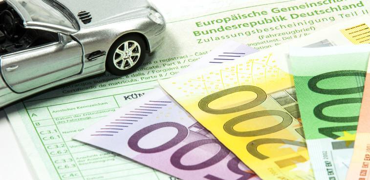 Ware gegen Bares: Oftmals erfolgt der Autoverkauf an Privatbesitzer.