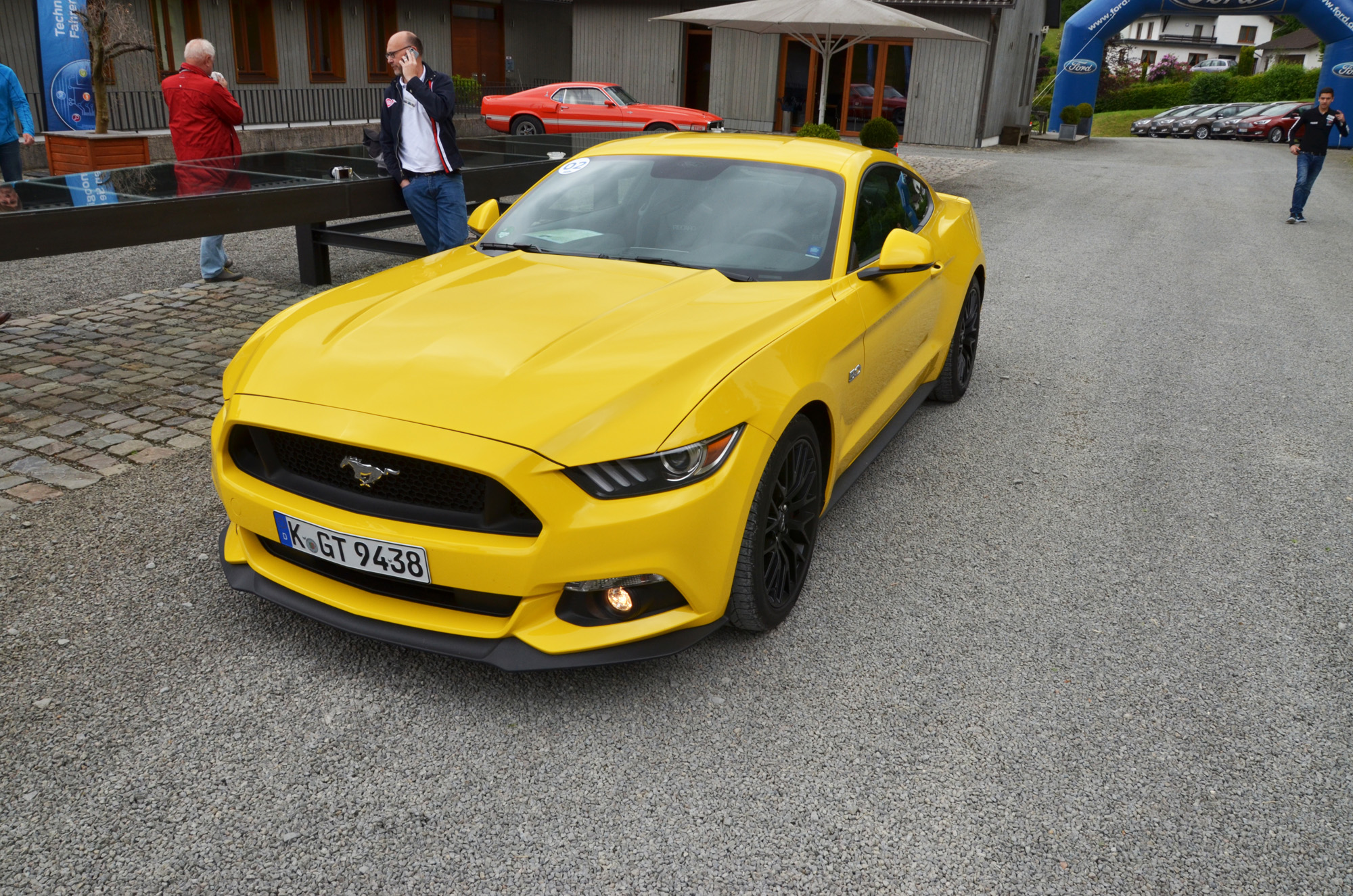 ford-mustang-vi-gt-2015-05