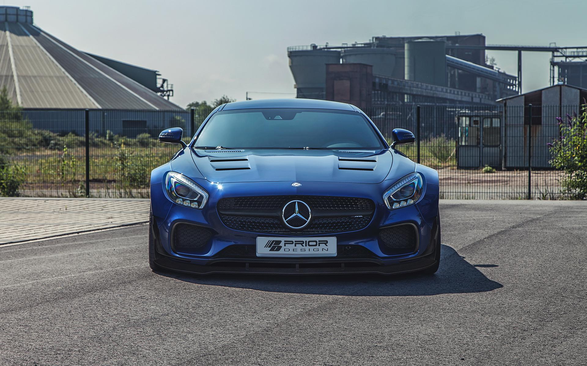 Die Front des Mercedes-AMG GT S wird als PD800GT dezent mit Carbon versehen.