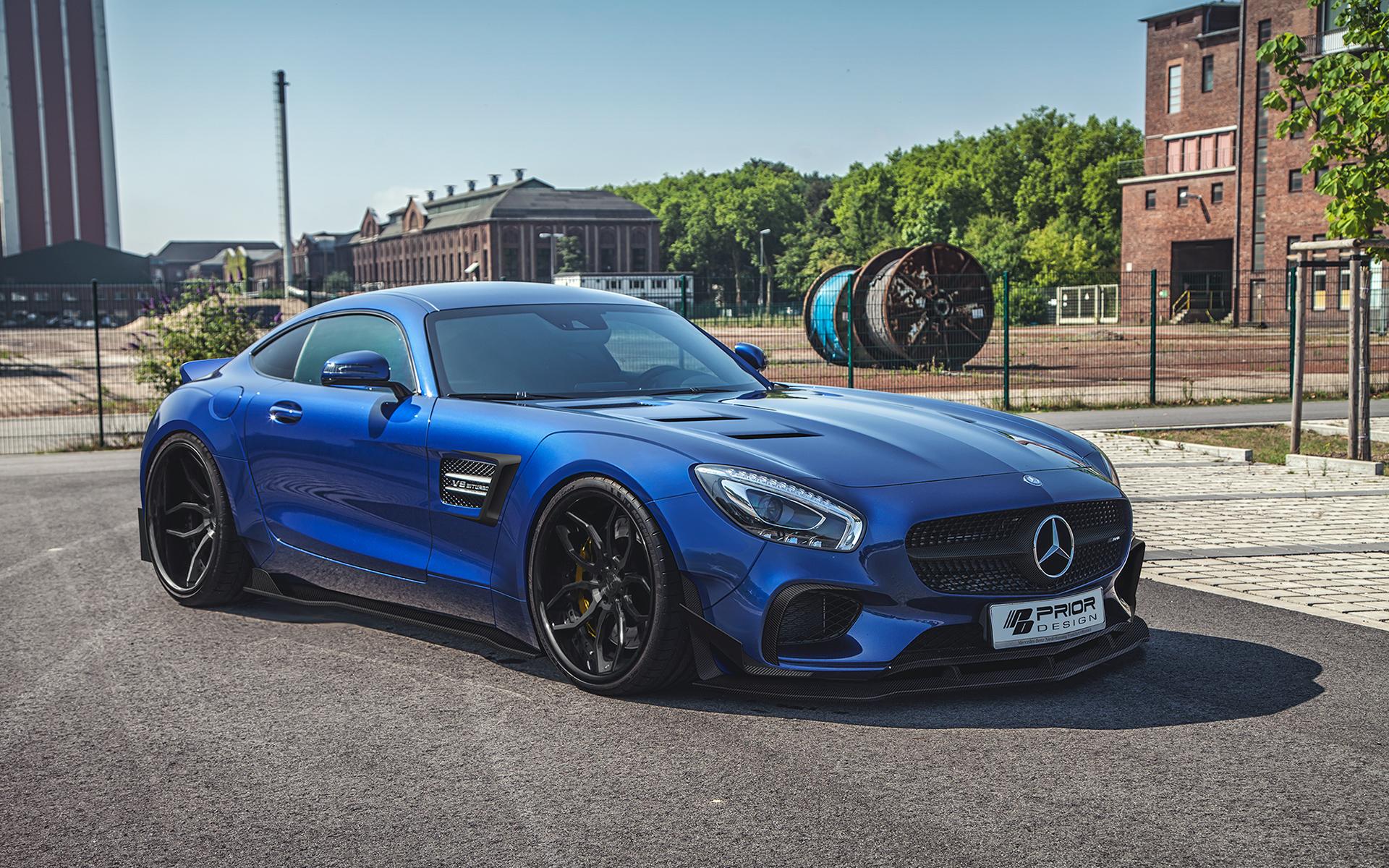 Wunderbar ausgestellte Radhäuser: Tuner PRIOR-DESIGN lässt den Mercedes-AMG GT S endlich bullig wirken.