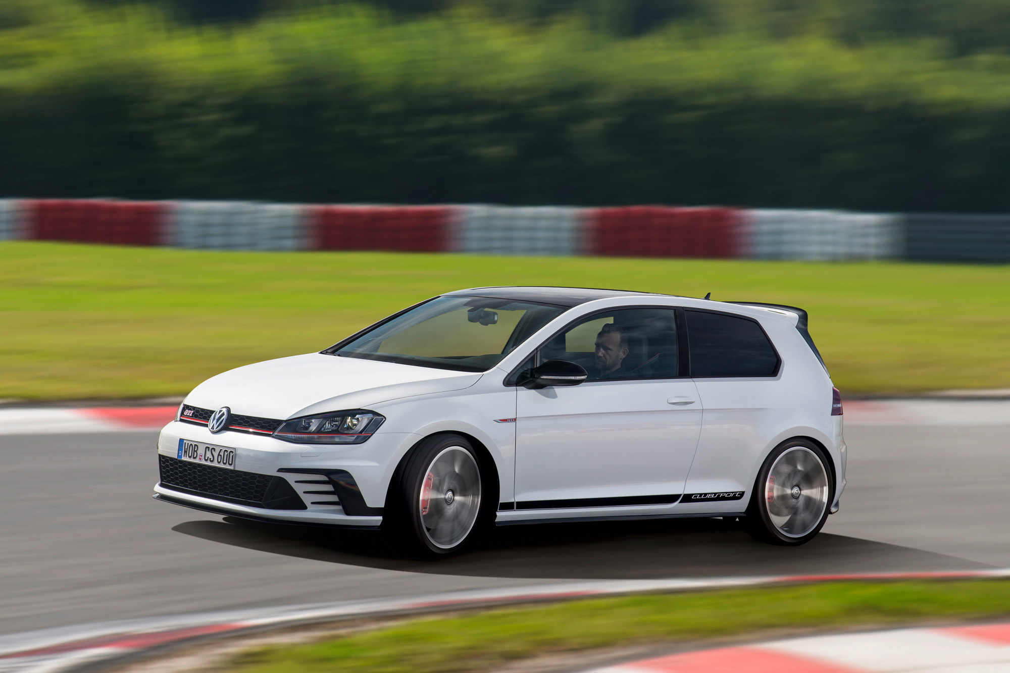 vw-golf-7-gti-clubsport-08