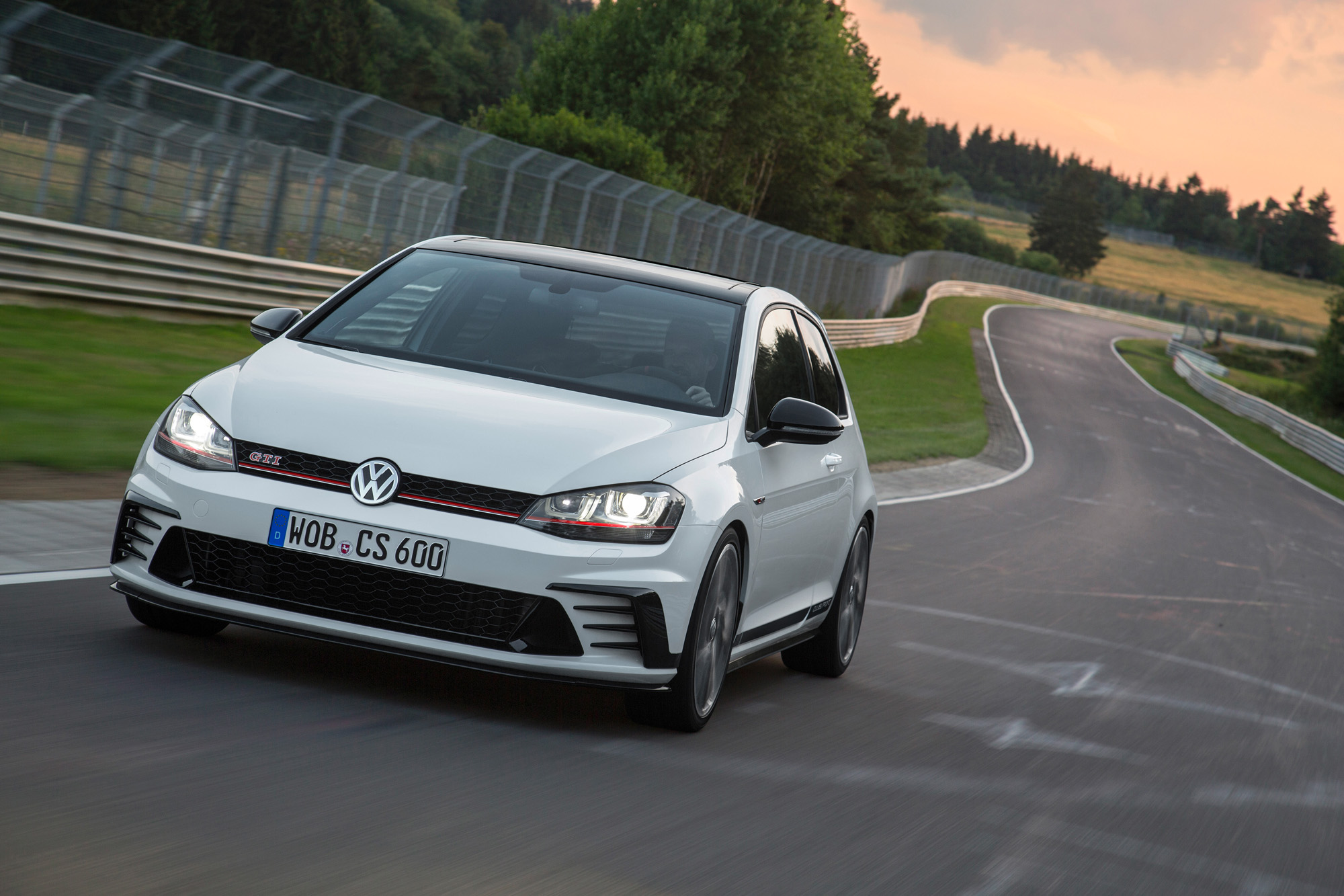 vw-golf-7-gti-clubsport-16