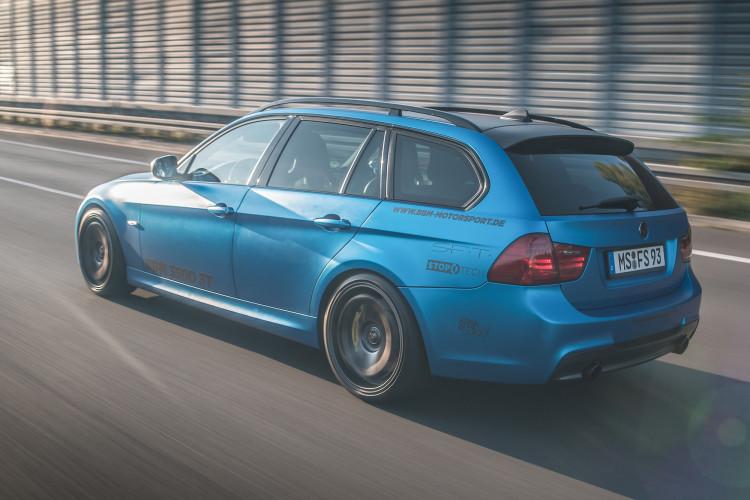 Heckansicht des BMW M350d Touring von BBM Motorsport