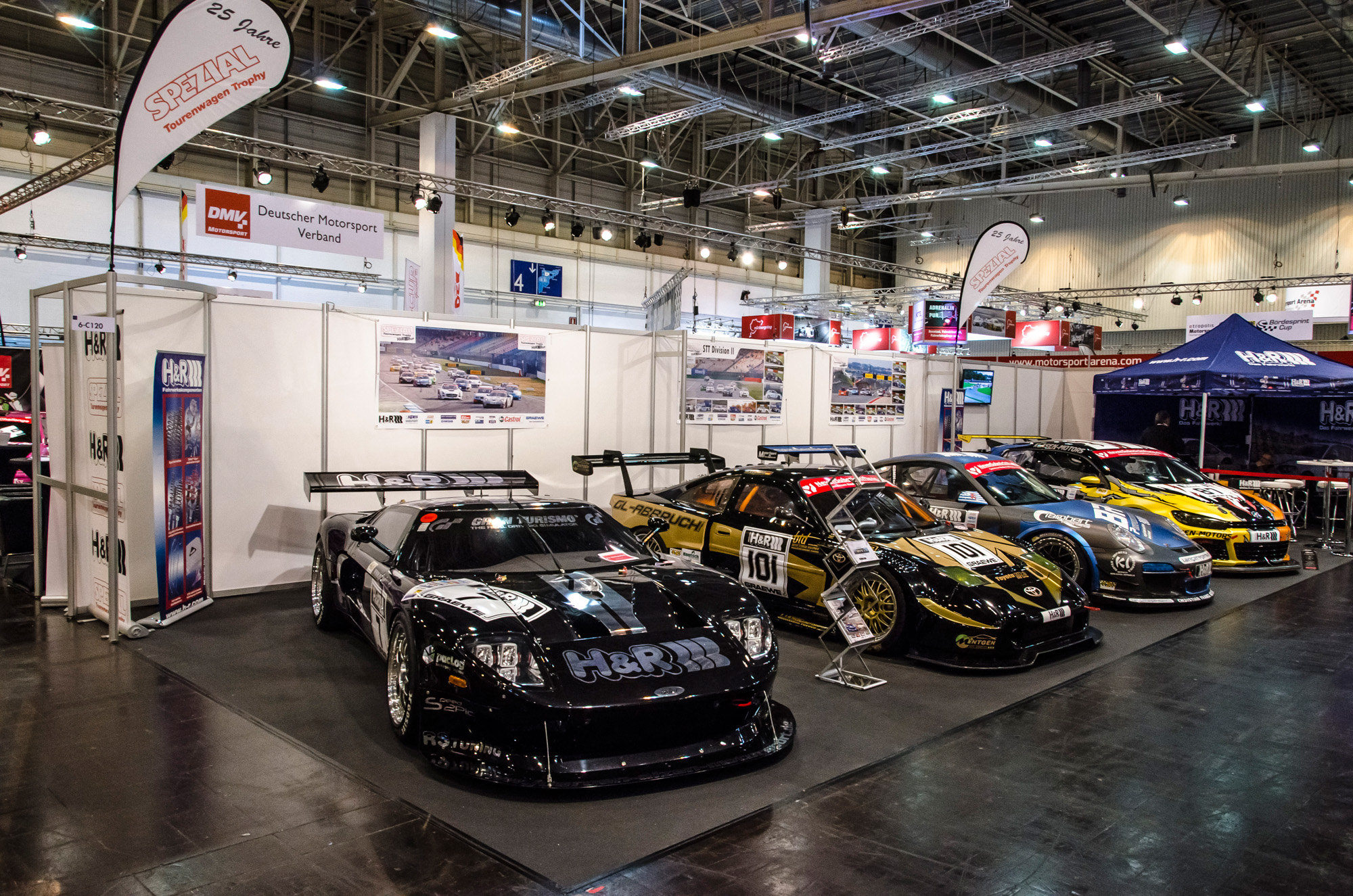 essen-motor-show-2015-preview-day-35