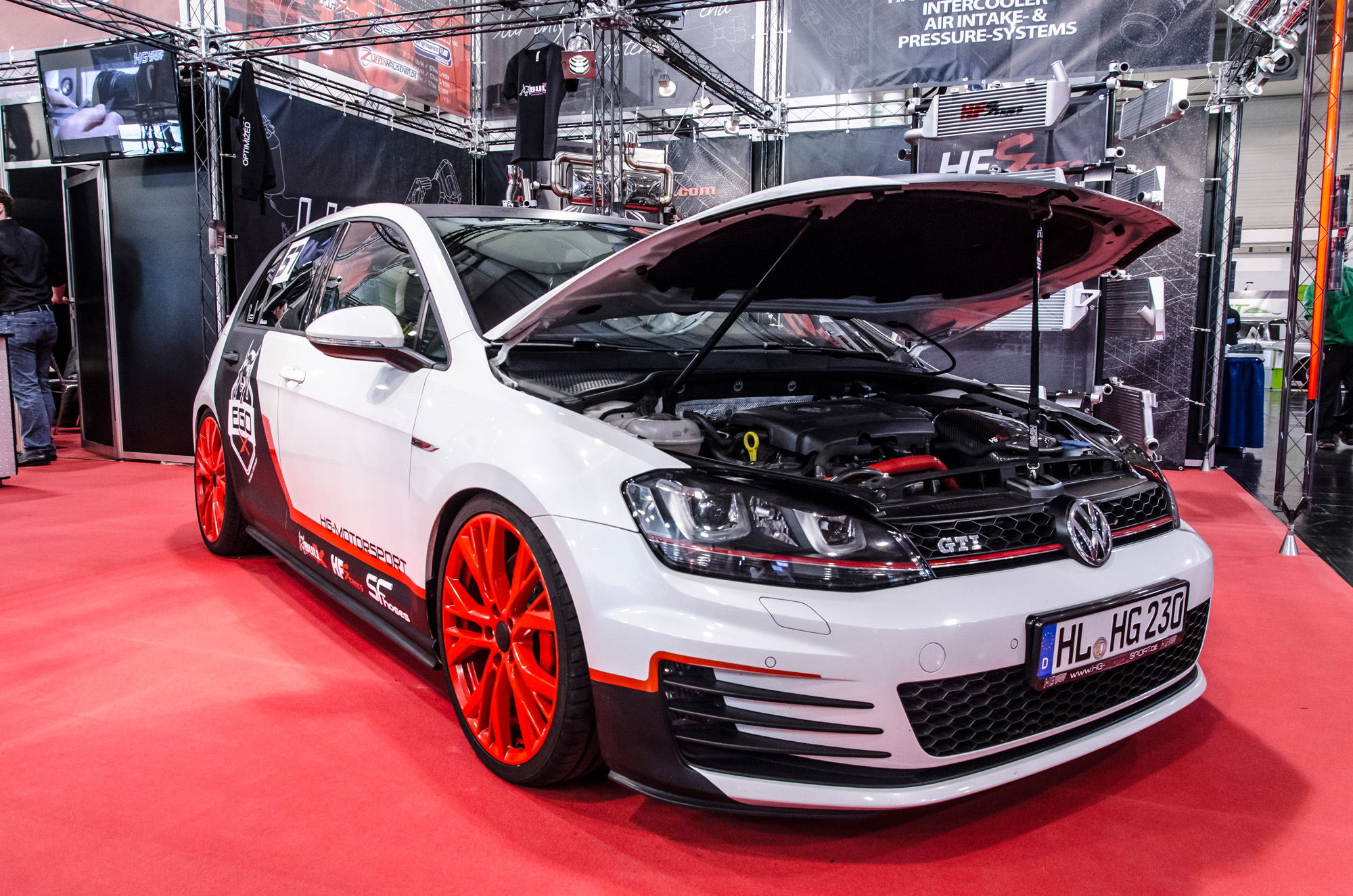 essen-motor-show-2015-preview-day-41