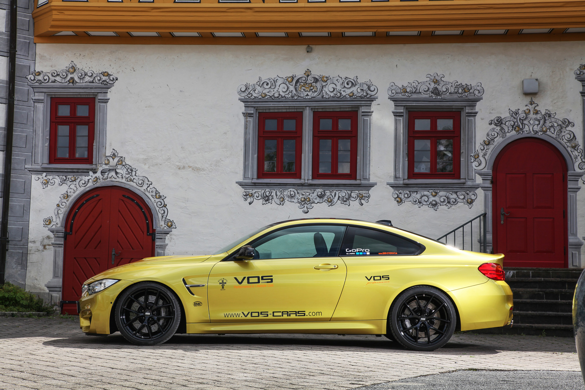 bmw-m4-coupé-f82-vos-performance-03