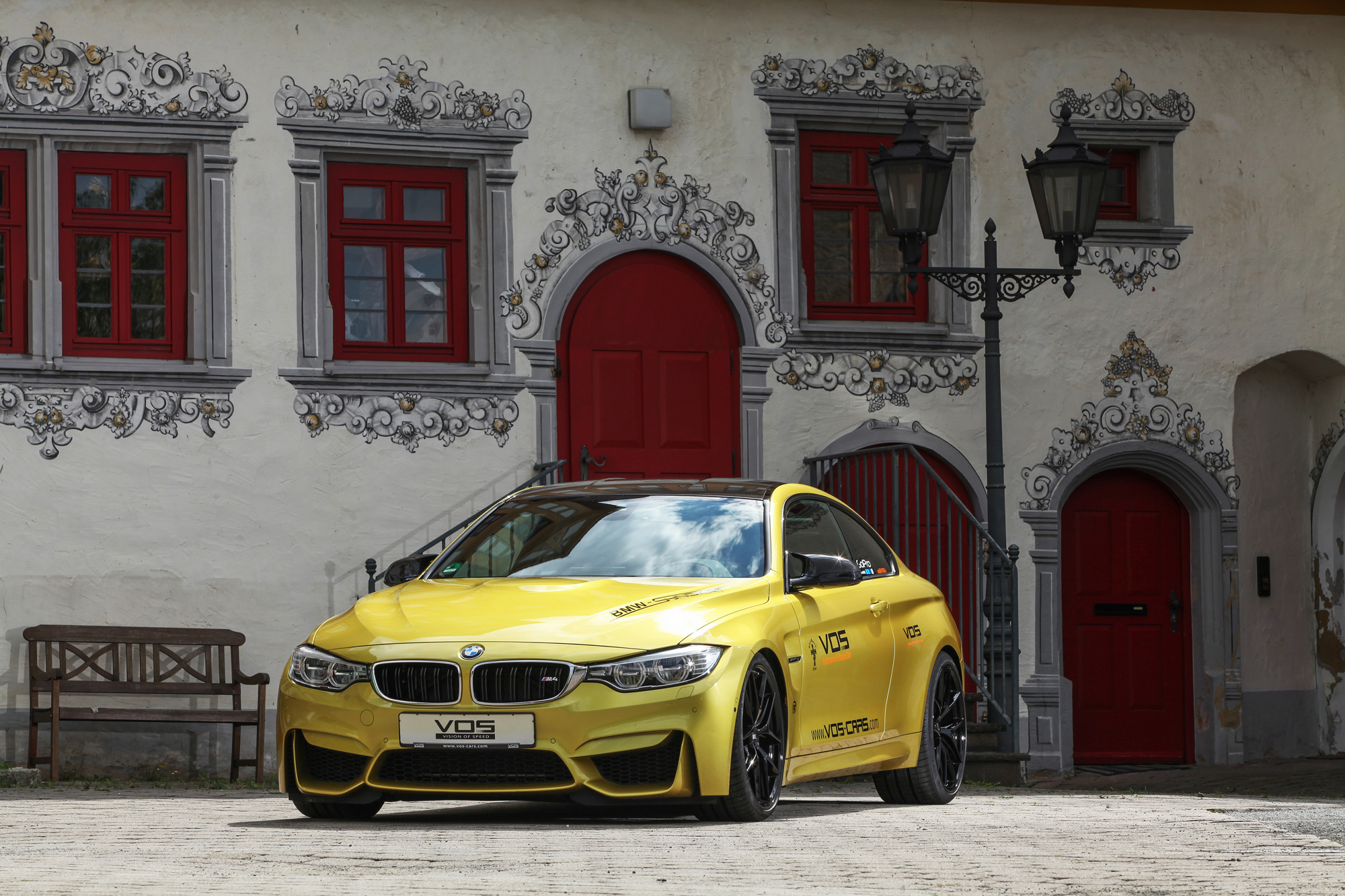 bmw-m4-coupé-f82-vos-performance-07