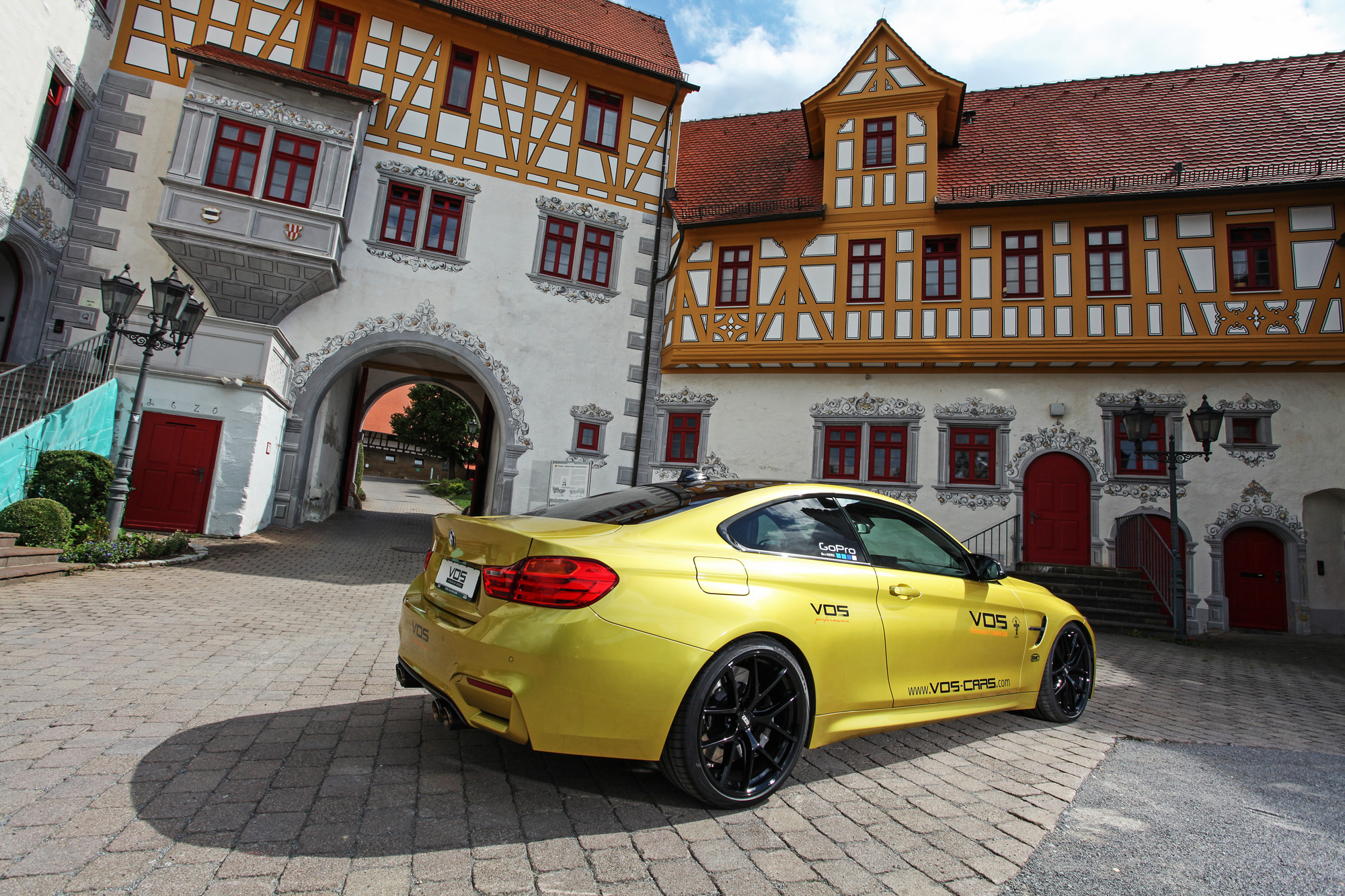 bmw-m4-coupé-f82-vos-performance-09