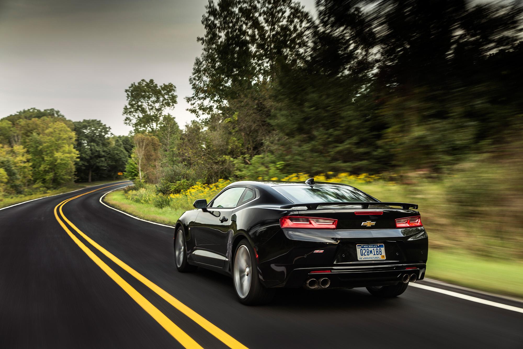 In der Topmotorisierung kommt beim Chevrolet Camaro SS nach wie vor ein hubraumstarker Achtzylinder zum Einsatz.