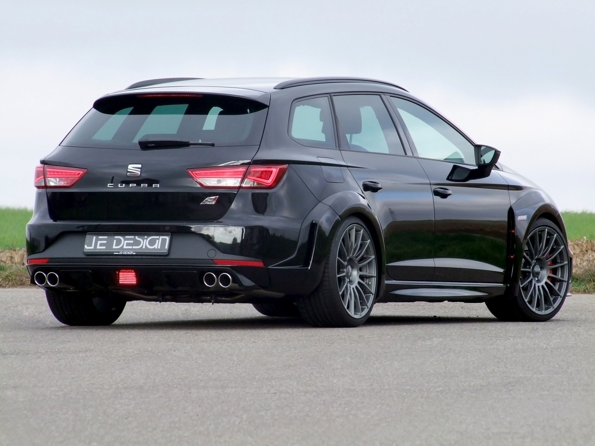 seat-leon-cupra-st-widebody-je-design-04
