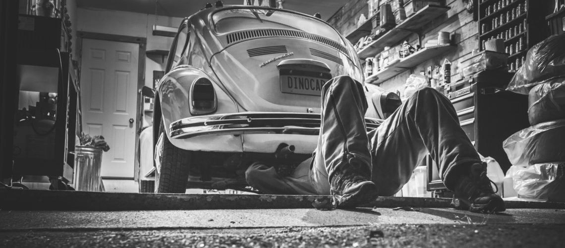 Schafft Euch in der Autowerkstatt am besten stets den nötigen Freiraum.
