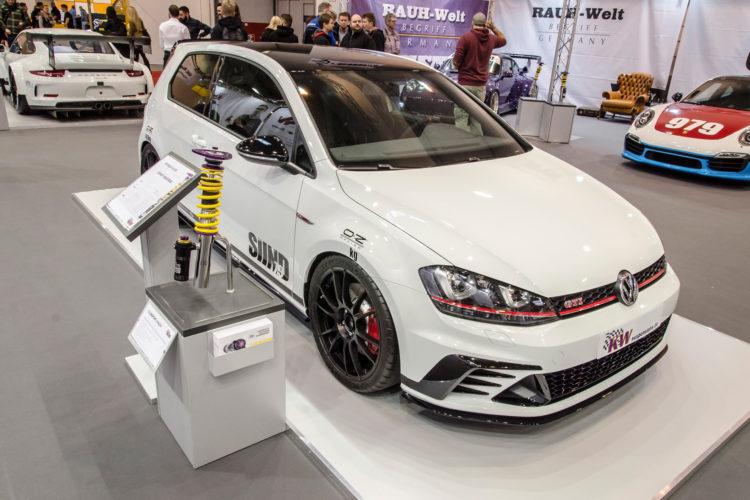 KW automotive war mit seinem neuen Gewindefahrwerk Variante 4 ebenfalls vertreten.