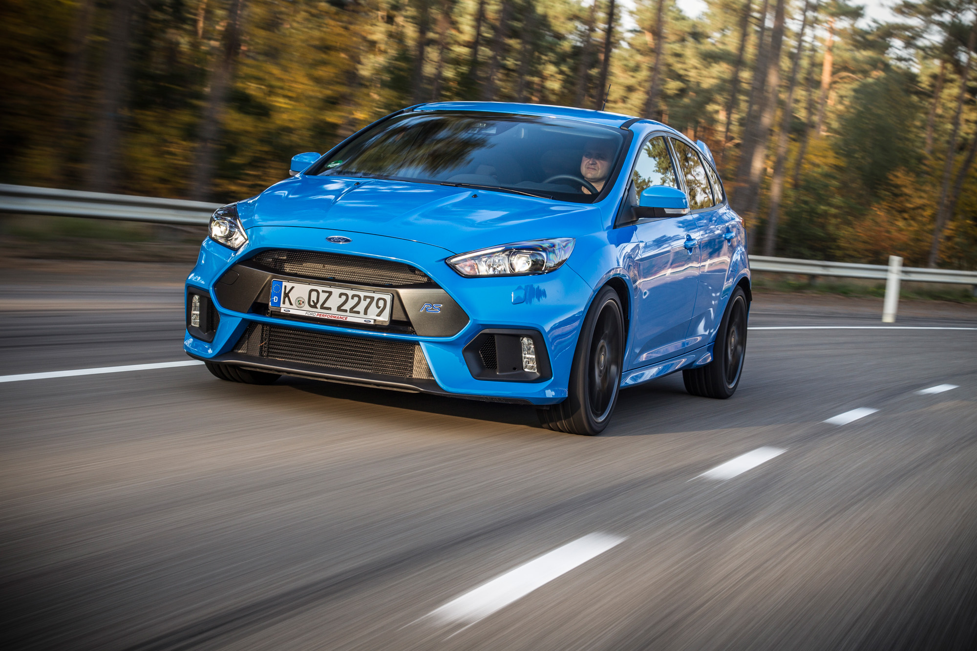 Ultimativen Fahrspaß findet der Ford Focus Mk3 RS nur in freier Wildbahn.