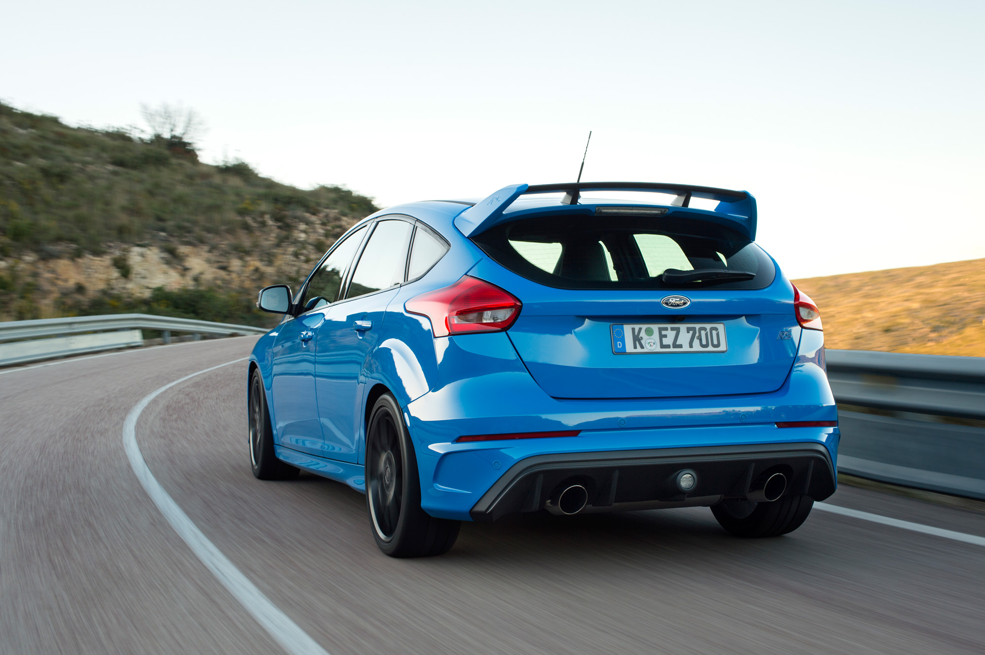 Besonders schön, wenn man ihn von hinten sieht: Der Ford Focus Mk3 RS.
