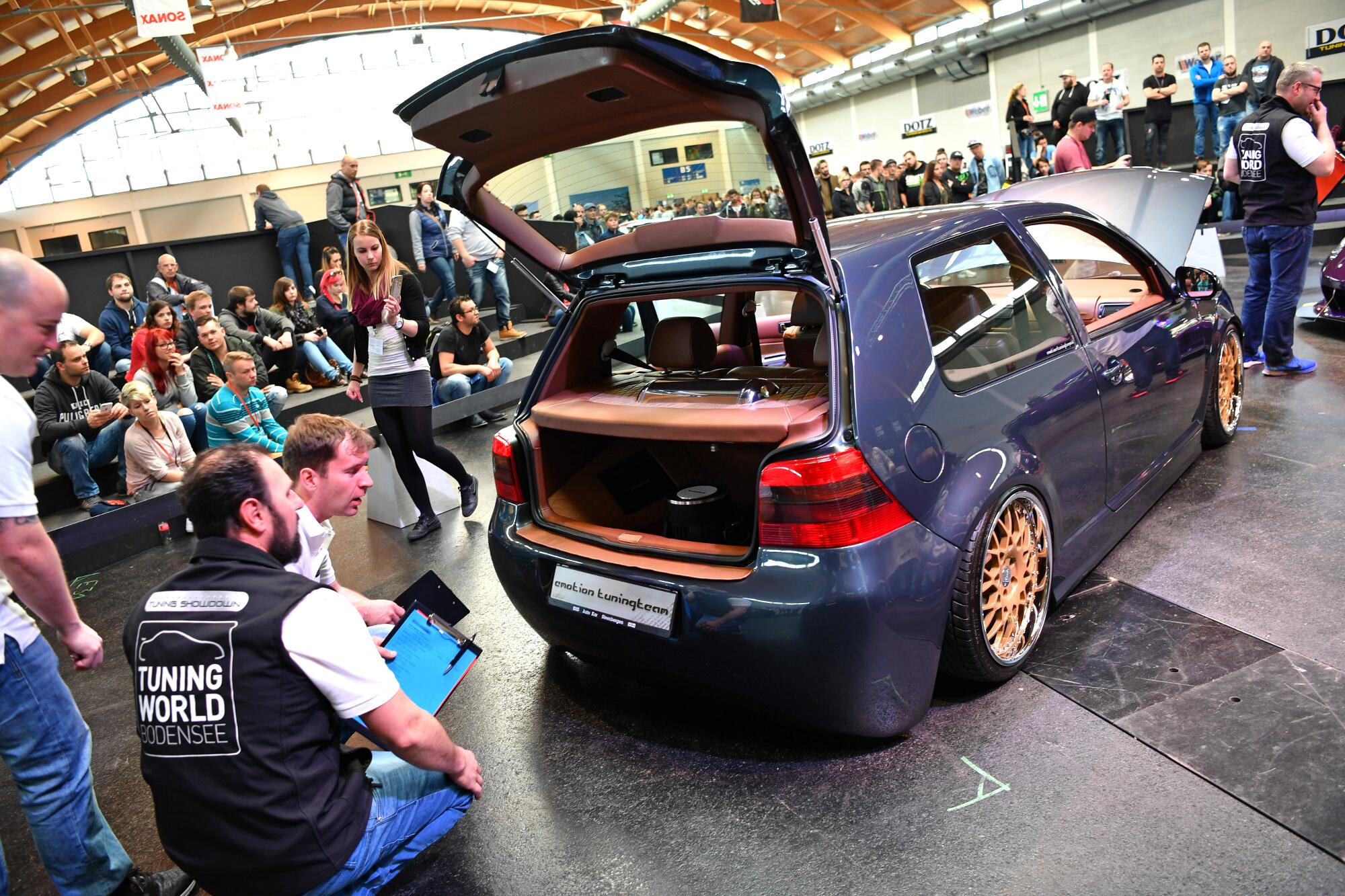 B5: European Tuning Showdown, Golf