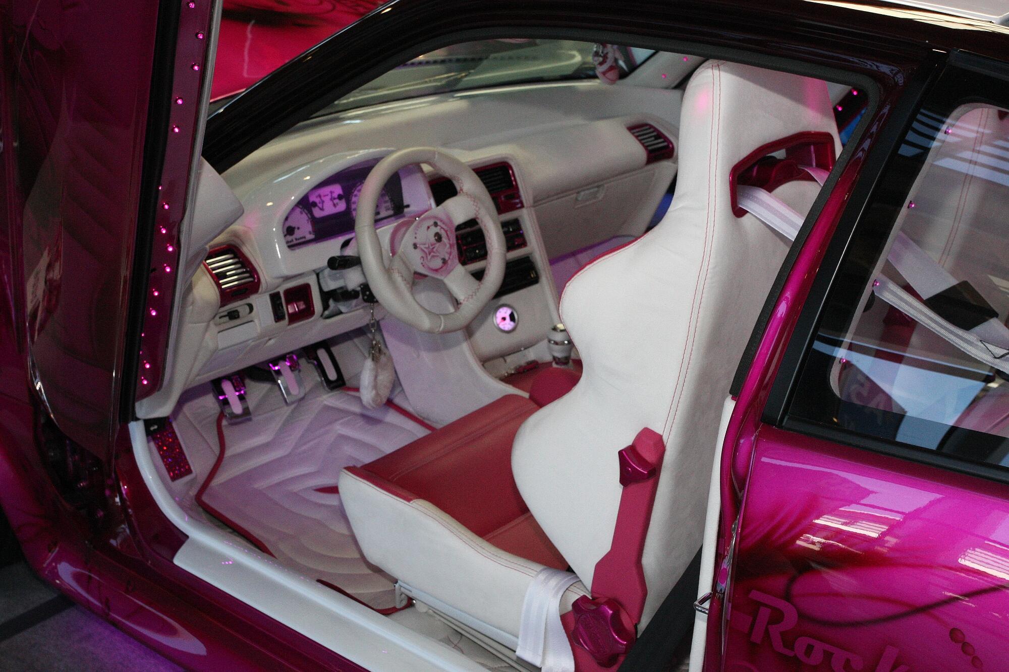 Honda Pink